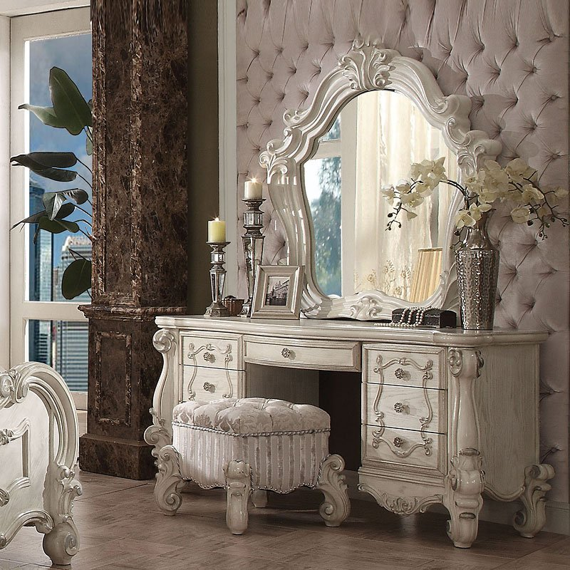 Truly Madly Deeply In Love With These Bedroom Vanities Furniturepick Com Blog